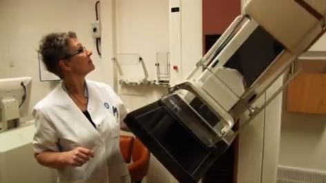 Hoe wordt een mammografie gemaakt?